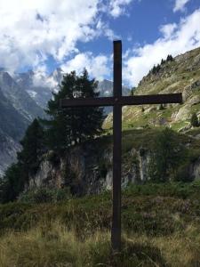 ein GIpfelkreuz oberhalb Bellwald