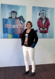 """Petra und Annegret im """"Letzen Hemd"""" von Pütz-Roth"""